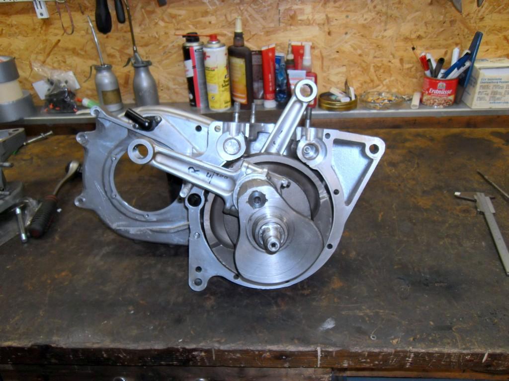 T140 Motor - Kurbelwelle eingebaut