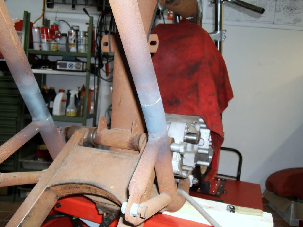 ...und mit ein bißchen Temperatur die Rohre mal in die gewünschte Richtung gebogen