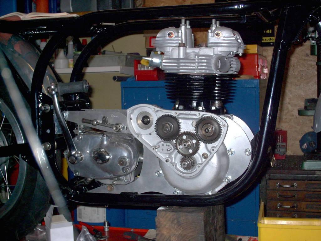 Triton Wideline - Motor
