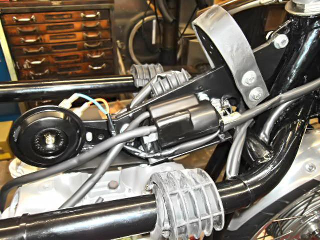Triton Wideline - Motorhalter