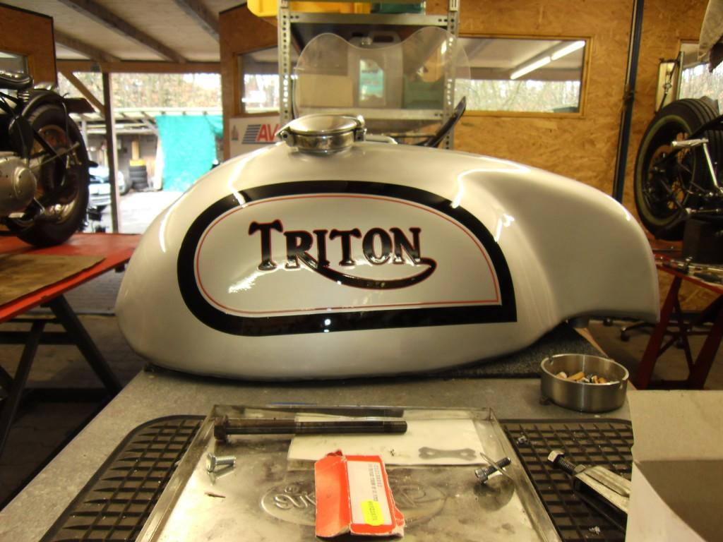 Triton Wideline - Tank 2