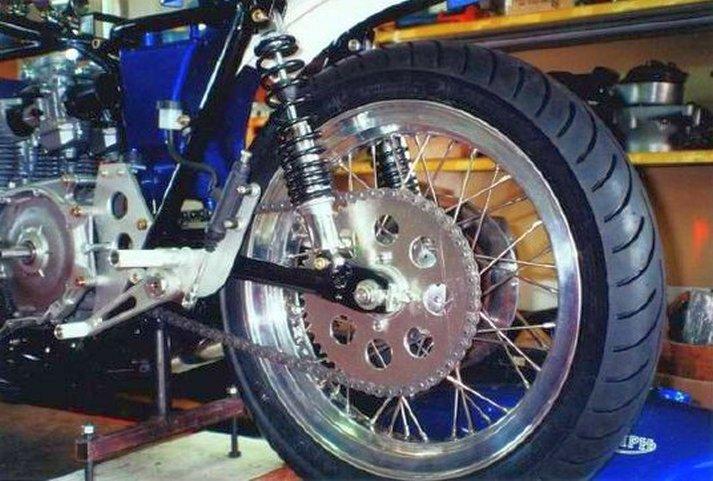 Triumph X30 - 14