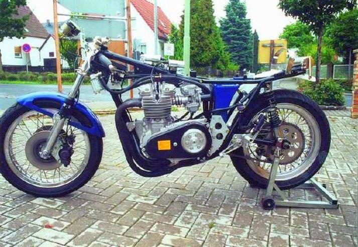 Triumph X30 - 16
