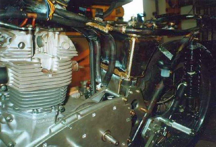Triumph X30 - 6