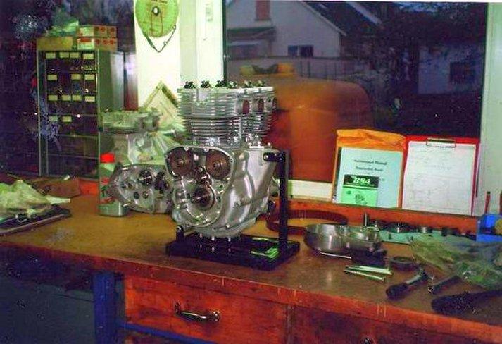 Triumph X30 - 9