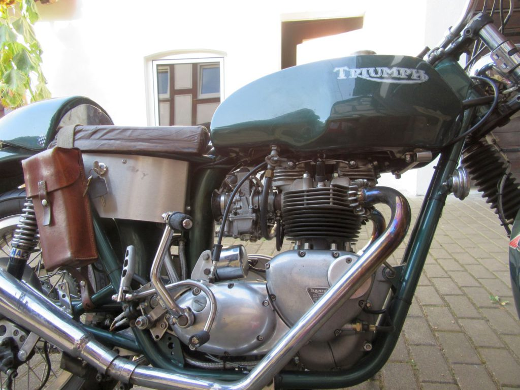 mauer-cafe-racer-t140-15